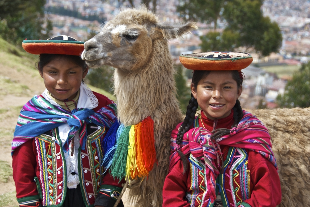 ecuador_culture_students